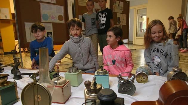 Výstava 100 let naší republiky očima dětí.