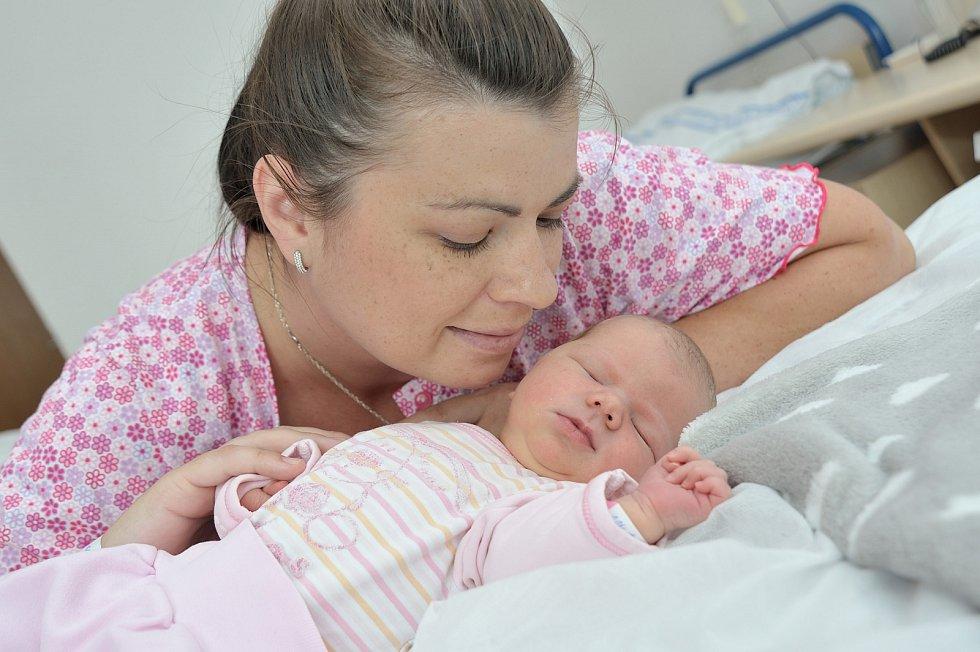 Martinka Maivaldová těší rodiče Evu a Martina z Moravské Třebové. Holčička se narodila 11. 6. v 16.50 hodin a na svět si přinesla 3,680 kg.