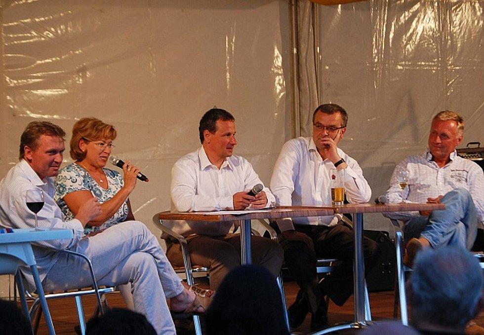 Debata politiků v Lanškrouně.