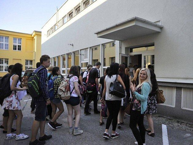 Ústecká umprum zahájila školní rok.