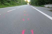 Místo vážné dopravní nehody u Helvíkovic.