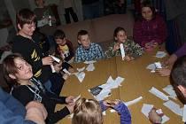 Tým dobrovolníků z Orlickoústecka se vypravil pomáhat dětem z azylového domu v Nowe Sóli.