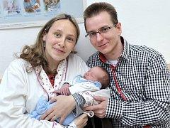 Michal Votroubek, tak se jmenuje první potomek Evy a Matěje z Vysokého Mýta. Chlapeček se narodil 19. dubna ve 3.13 hodin a vážil 2,80 kg.