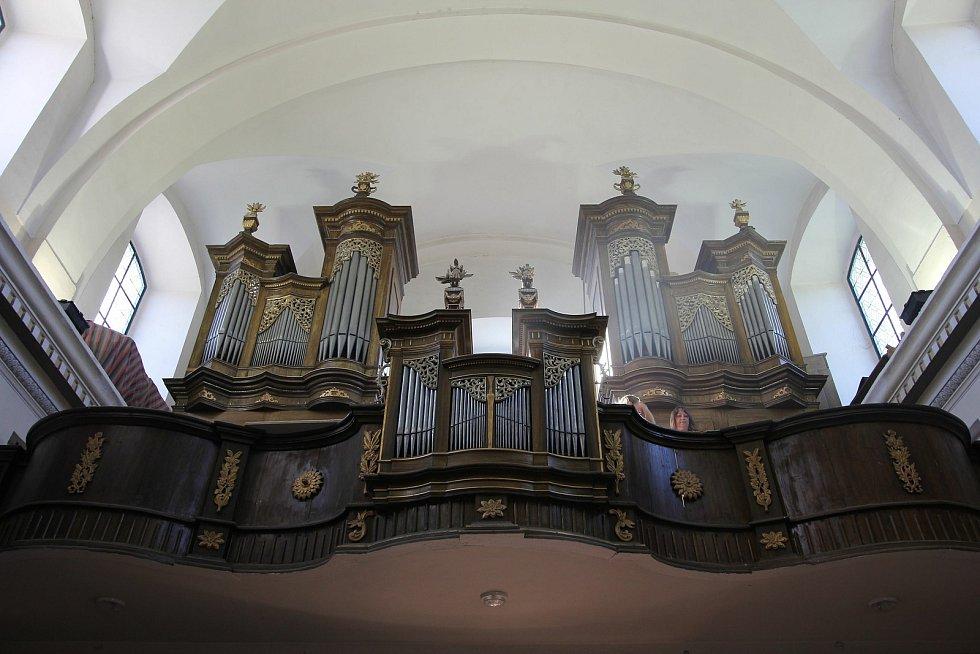 Zrekonstruované varhany v obci Řetová na Orlickoústecku