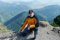 Martin Vídenský, básník z Letohradu, na vrcholu slovenského Velkého Choče (snímek z letošního září).