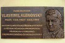 Pamětní deska Vlastimilu Klenovskému.