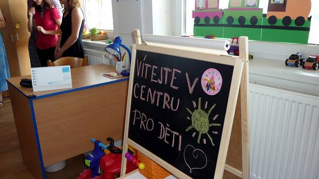 Z otevření nového Centra pro děti v Azylovém domě ve Vysokém Mýtě.