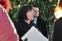 Ivana Zemanová na návštěvě lesní školky Skřítci z borovic v Chocni.