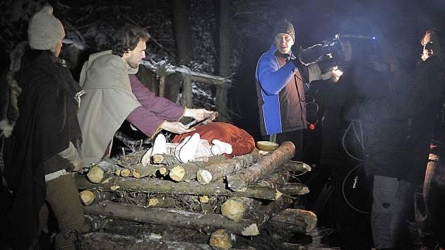 Česká televize v Křivolíku natáčela Záhady Toma Wizarda.