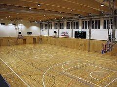 Zrekonstruovaná sportovní hala Na skalce v České Třebové.