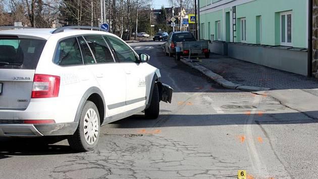 Řidič nedobrzdil a s autem skončil v domě