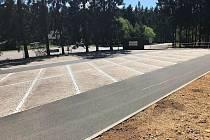 Nové parkoviště na Červenovodském sedle