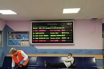 Vlaky mezi Ústím a Chocní zase jezdí. Zdržení je do deseti minut