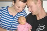 Nikola Šprincová je na světě od 5. července od 22.51 hodin. Radost z ní mají rodiče Lucie a Dominik z Mostku. Holčička vážila 2,870 kg.