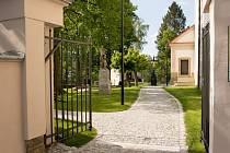 Ústecký park u kostela soutěží o titul Park roku