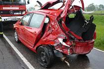 Dopravní nehoda osobáku a traktoru na Králicku.