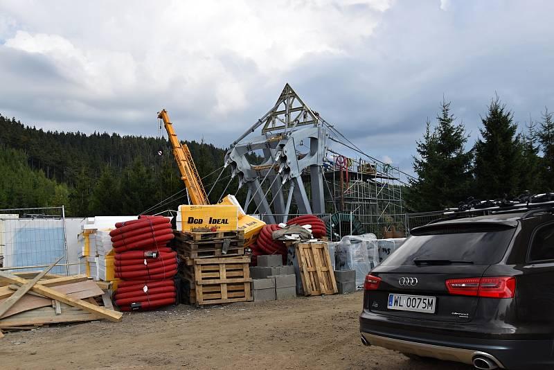 Dolní Morava bude mít novou atrakci. U Slaměnky vzniká visutý most.