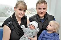Metoděj Mareš je po Magdaleně druhým potomkem Moniky Melšové a Jiřího Mareše ze Semanína. Chlapeček se s váhou 3,42 kg narodil 2. dubna ve 4.11 hodin.