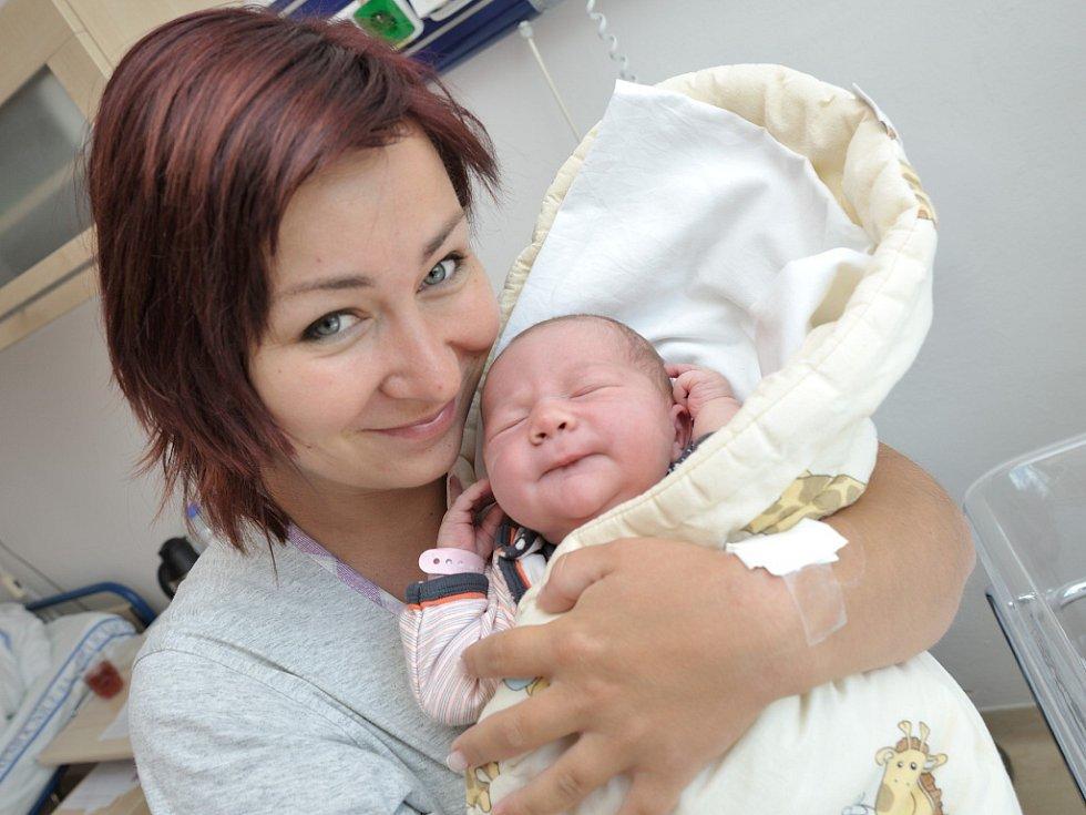 Gabriela Jacková se narodila 1. srpna v15.30 hodin shmotností 3,75 kg. Radost zní mají rodiče Martina a Jurij i bratr Jiřík zGajeru.