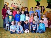 Základní škola a Mateřská škola Lužany, okres Jičín v září přivítala  šest prvňáčků. Ředitelkou je zde Monika Tringelová.