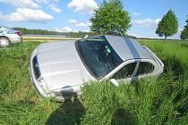 Hazard. Řidička se napila a pak havarovala.