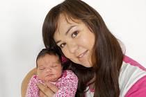 Alžběta Pohlová se jako prvorozená narodila dne 27. 9. v 3.06 hodin Heleně a Milanovi z Ústí nad Orlicí. Na svět přišla s váhou 3910 g.