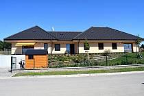 V Letohradě vyrostly dvojdomky pro službu chráněné bydlení.