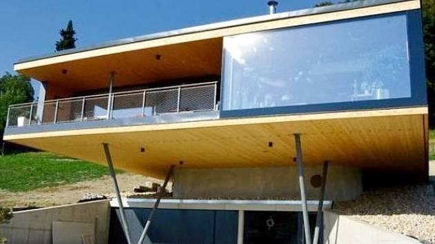Rodinný dům na okraji Žamberka navrhl architekt Přemysl Kokeš.