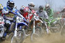 Motokros v Kotli přilákal přes dvě stovky jezdců.