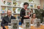 Křest knihy o válce v České Třebové