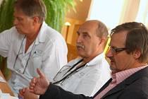 Z tiskové konference v Orlickoústecké nemocnici.