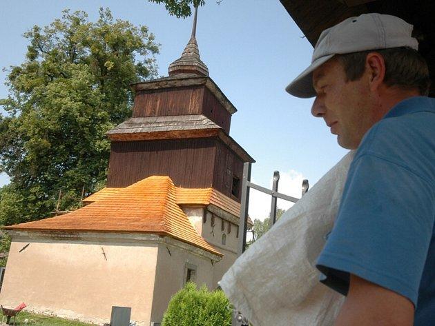 zvonice v Semaníně