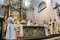 Na Horu Matky Boží se mají vrátit pravidelné bohoslužby.