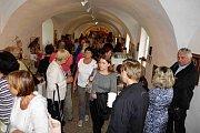 Publikace Lanškroun - město polyhistora Jana Marka Marciho z Kronlandu byla pokřtěna během vernisáže výstavy Pověsti, strašidla a tajemná místa Lanškrouna.