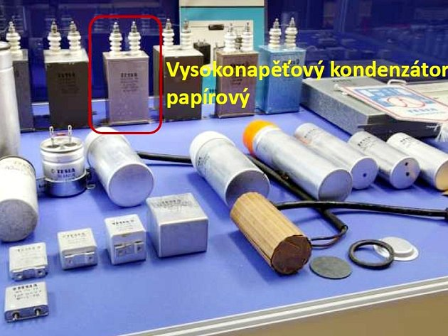 V Lanškrouně vybírají, která ze součástek vyráběných Teslou, by mohla být předlohou pro model v nadživotní velikosti.