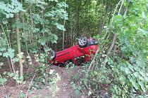 Řidič, který havaroval u Červené Vody, neprošel zkouškou na alkohol a měl vysloven zákaz řízení.