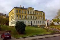 Stará škola v Jablonném nad Orlicí.