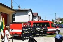 Dopravní auto s přívěsem dobrovolných hasičů z Libchav.