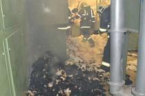 Požár bavlny v přádelně v Chocni.