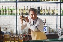 Barman Martin Straka.