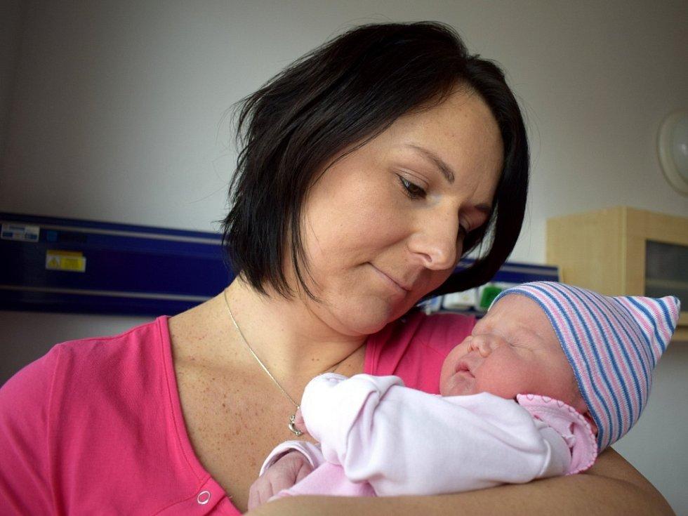 Šárka Matyášová bude doma s rodiči Hanou a Miroslavem v Letohradu-Orlici. Na svět přišla 4. 3. ve 22.13 hodin, kdy vážila 3,73 kg. Sestřička se jmenuje Eliška.