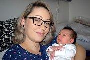 Klaudie Hovadová se narodila 15. 11. v 19.20 hodin. Vážila 3,960 kg a s rodiči Jindřiškou Lžíčařovou a Lukášem Hovadem i bráškou Jonášem bude doma v Rokytnici v Orlických horách.