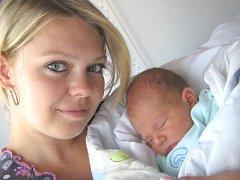 Šimon Pešta spatřil svět 5. srpna v 5.39. Radost z něj mají rodiče Irena Nemšáková a Michal Pešta z Ústí nad Orlicí i sourozenci Michal a Daniel. Chlapec vážil 3,5 kg.
