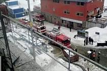 Z požáru hotelu Vista v Dolní Moravě.
