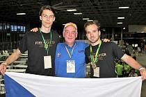 Ze světového finále robotické soutěže RoboRAVE International, kde si tým ve složení Lukáš Daněk, Jirka Diblík a Ondra Kopecký vybojoval zlato.