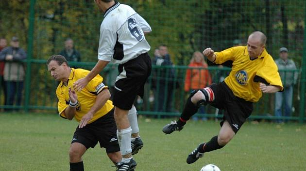 Libchavští fotbalisté nezvládli zápas o záchranu a v Rosicích podlehli domácím 3:1. Ilustrační fotografie.