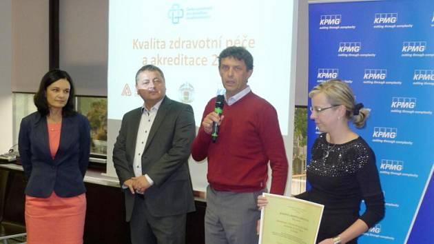 """Léčebný ústav Albertinum v Žamberku se stal vítězem projektu """"Kvalitní a bezpečná nemocnice 2014""""."""