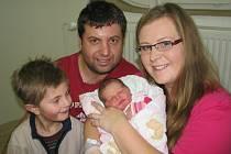 Nela Altenburgerová je po Filípkovi druhým dítětem manželů Jany a Lukáše ze Semanína. Když se 18. prosince ve 20.35 narodila, vážila 3,22 kg.