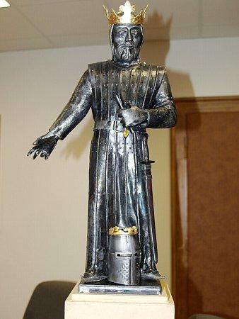 Model sochy Přemysla Otakara II. od uměleckého kováře Karla Bureše.