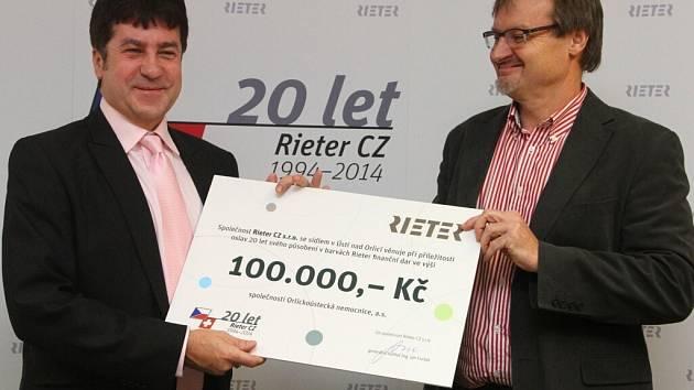 Dar společnosti Rieter CZ Orlickoústecké nemocnici.